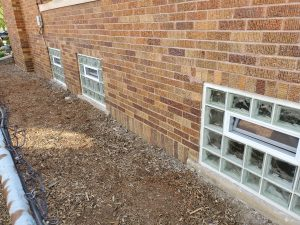 Multiple Glass Block WIndows With Vents